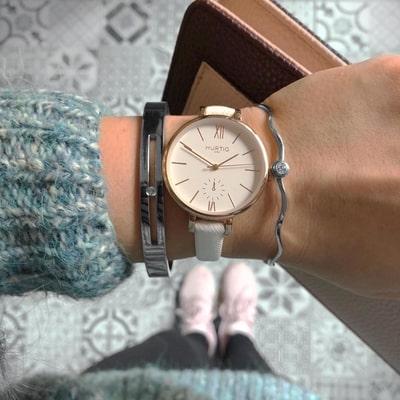 خرید ساعت های زنانه در گالری ساعت همتی