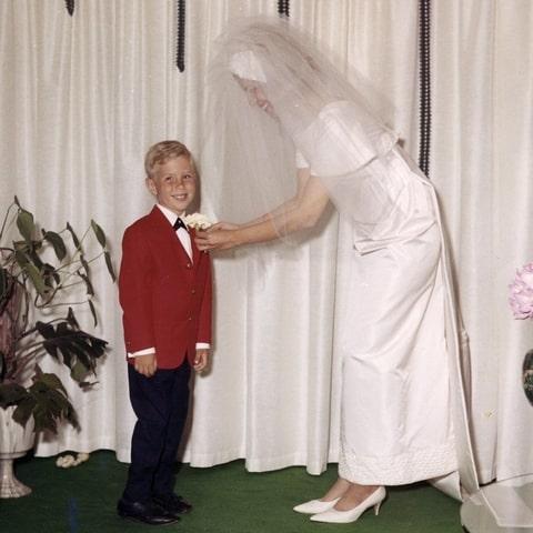 مایکل کورس در زمان کودکی