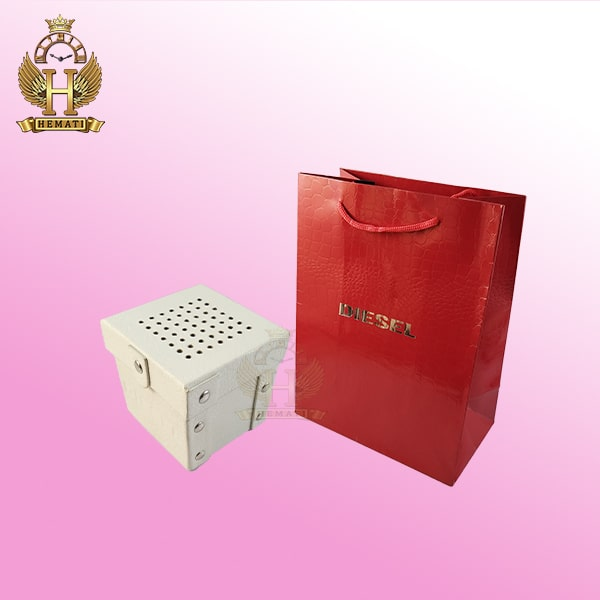 جعبه اورجینال ساعت دیزل چرم سفید همراه پاکت