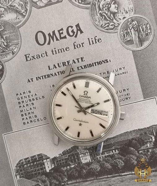 شعار برند امگا: exact time for life