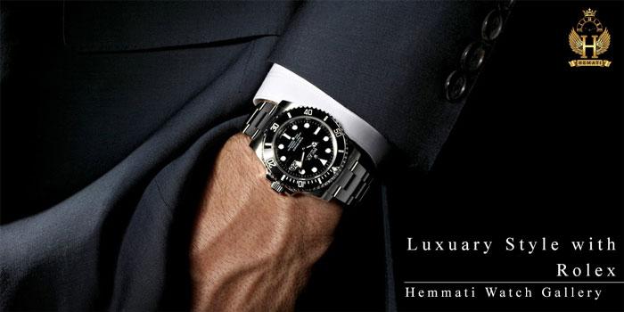 استایل ساعت مچی در دست