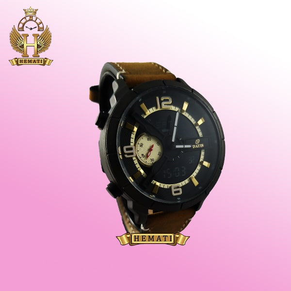 ساعت مردانه داتیس دو زمانه ساعت جهانی بند چرم مدل datis d8465ag رنگ مشکی طلایی با بند عسلی