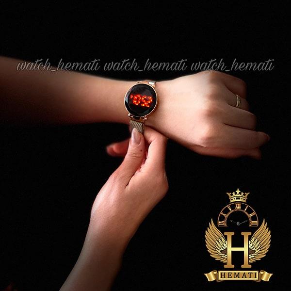 خرید اینترنتی ساعت ال ای دی زنانه بند مگنتی صفحه دایره ای و تاچ رنگ رزگلد