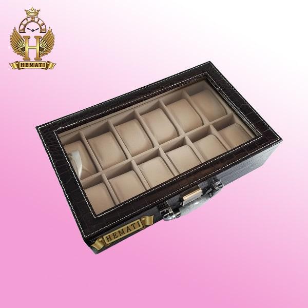 جعبه ساعت چوبی روکش چرم قهوه ای 12 تایی کلکسیونی BOX1201 درب شیشه ای با قفل کلید دار