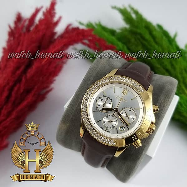 خرید ارزان ساعت زنانه سیتیزن سه موتوره بند چرم مدل N-17137L CTL109 قاب و قفل طلایی با صفحه نقره ای و بند چرم قهوه ای ساده